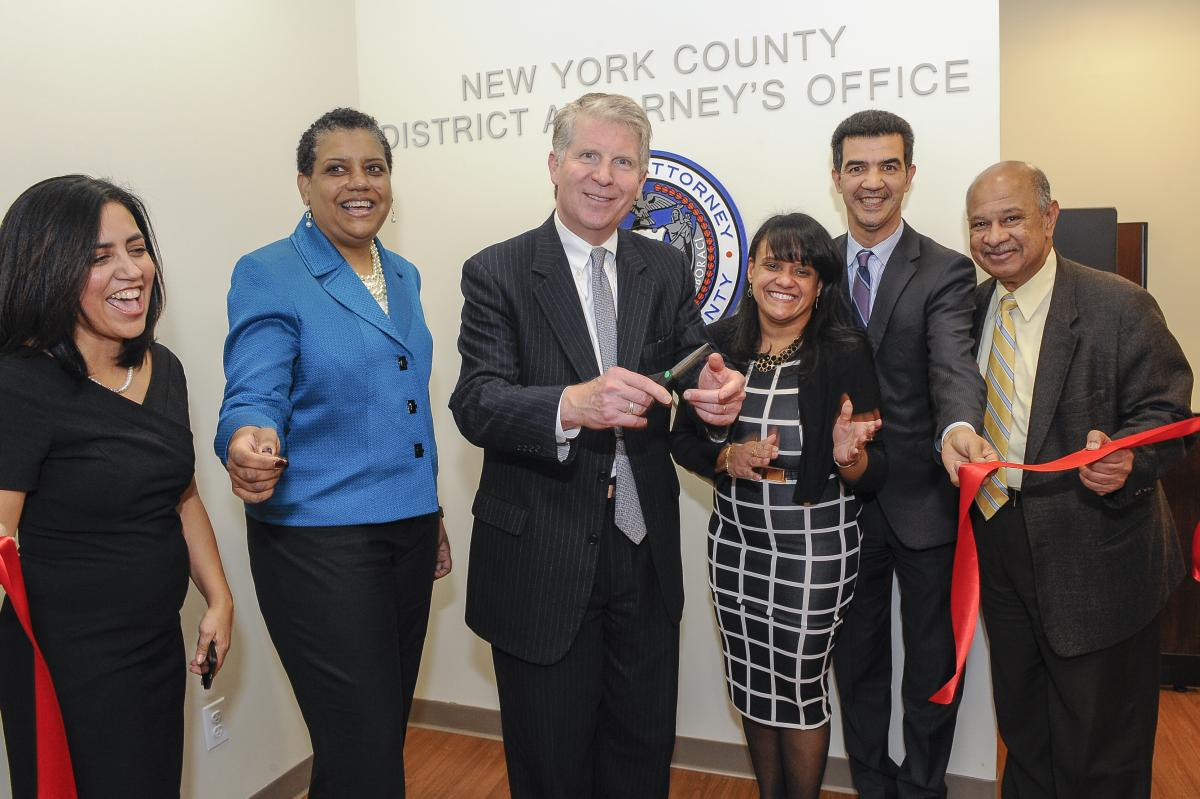 DISTRICT ATTORNEY VANCE ANNOUNCES OPENING OF NEW WASHINGTON HEIGHTS OFFICE